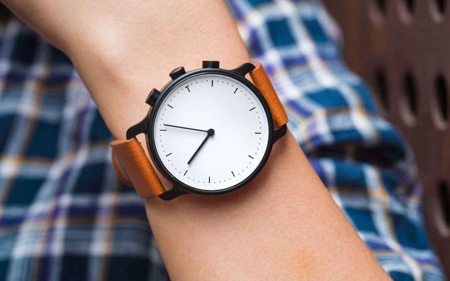 Solar-Powered Smartwatch