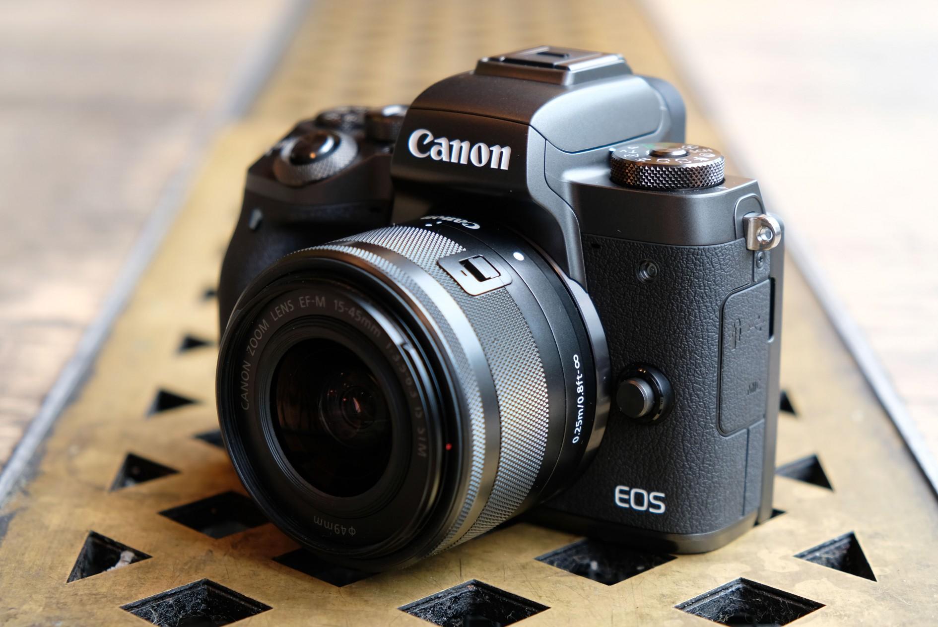 Canon Eos M50 Microless Camera Has 24 1 Megapixel Sensor