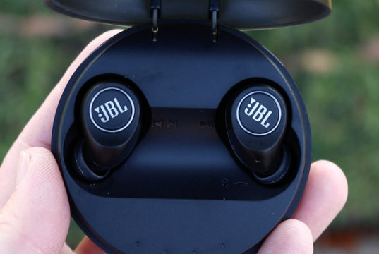 JBL Free Truly-Wireless