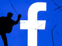 Facebook Bug Expose private photos