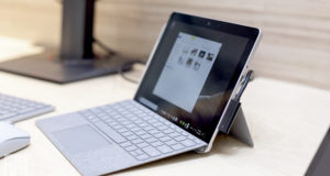 Microsoft surface go 2 in 1 laptop